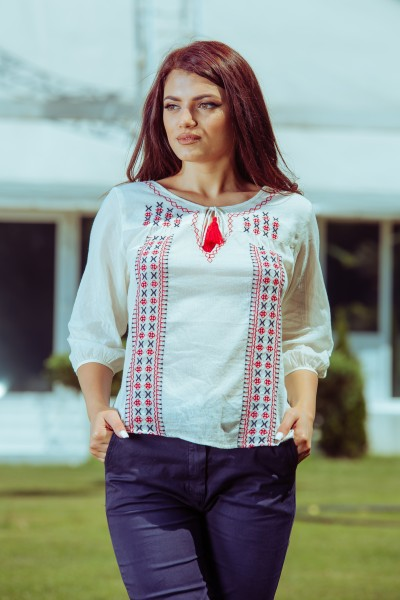 BLUZA DAMA TIP IE TRADITIONALA