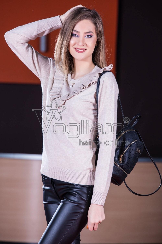 Pulover Dama Bej Cu Volane