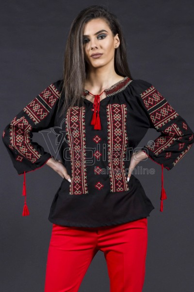 BLUZA NEAGRA TIP IE TRADITIONALA