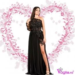 💗In luna iubirii te intampinam cu modele unice de rochii!🥰 💗 👩🏻💻Descopera-le pe site:www.voglia.ro  #vogliaforlove #lunaiubirii  #rochiidelux #rochiideseara #rochiielegante #rochiipentrununta #rochiipentrubanchet #tinutadeseara #vogliaforfashion #fabricatinromania #tinutedelux #dresses #luxury