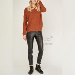 ☂️🍂Toamna își intră în drepturi. Nu trebuie să te prindă nepregătită!  👩🏻💻👉🏻Pe www.voglia.ro te intampinam cu articole pentru sezonul rece #geaca #jacheta #toamna #jeans #leather #leatherpants #pantaloni #pantalonipiele #piele  #toamna #toamna🍁  #fashionstyle #fashion #streetstyle #shooting #model #magazin #shopping #shoppingonline #shoppingtime #magazinonline #cumparaturionline #cumpărăturionline #mystyle #mycloset #instagood #instaphoto #instafashion