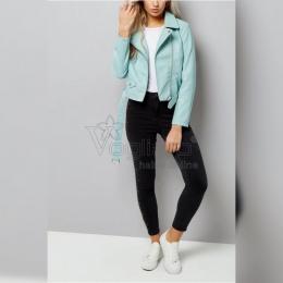 ☂️🍂Toamna își intră în drepturi. Nu trebuie să te prindă nepregătită!  👩🏻💻👉🏻Pe www.voglia.ro te intampinam cu articole pentru sezonul rece.  #outfits #outfitinspiration #geaca #jacheta #toamna #jeans #blackjeans #jeans  #jeans👖 #pantaloni #toamna #toamna🍁  #fashionstyle #fashion #streetstyle #shooting #model #magazin #shopping #shoppingonline #shoppingtime #magazinonline #cumparaturionline #cumpărăturionline #mystyle #mycloset #instagood #instaphoto #instafashion
