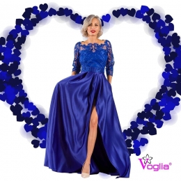 💙 WE LOVE TO DRESS  YOU💙  ‼️Foloseste codul VOGLIAFORLOVE10 si beneficiezi de 10% REDUCERE la orice produs din categoria ROCHII DE SEARA ‼️ 👩🏼‍💻Intra acum pe site👉🏻 www.voglia.ro  #valentines #vogliaforfashion #vogliaforlove #rochii  #rochiideseara #elegance #magazin  #shooting #fabricatinromania #rochiideocazie  #rochiidelux  #reduceri  #reducere