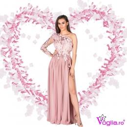 💗In luna iubirii te intampinam cu modele unice de  rochii !🥰 💗 👩🏻💻Descopera-le pe site:www.voglia.ro  #vogliaforlove #lunaiubirii  #rochiidelux #rochiideseara #rochiielegante #rochiipentrununta #rochiipentrubanchet #tinutadeseara #vogliaforfashion #fabricatinromania #tinutedelux #dresses #luxury