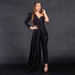 🌟Purtand salopeta marca Voglia.ro te poti simti eleganta si confortabila in acelasi timp!🌟 #voglia #vogliaforfashion #salopeta #fashion
