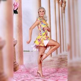 ✨Poarta o rochie in care sa fii admirata! Pe www.voglia.ro gasesti o gama larga de tinute pentru acest sezon.   🇹🇩Fabricate in Romania 🚚Livrare rapida in toata Europa ☎️Comenzi telefonice:  0759049300  #rochii #rochiideseara #rochiielegante #rochiidevara #fashion #fashionstyle #fashionista #fashionblogger #elegant #elegance #luxury #fabricatinromania #magazin